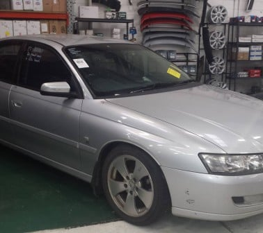 vz commodore 02